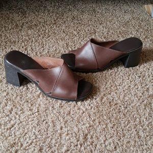 Vintage peep toe mules